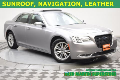 Certified Pre-Owned 2017 Chrysler 300C