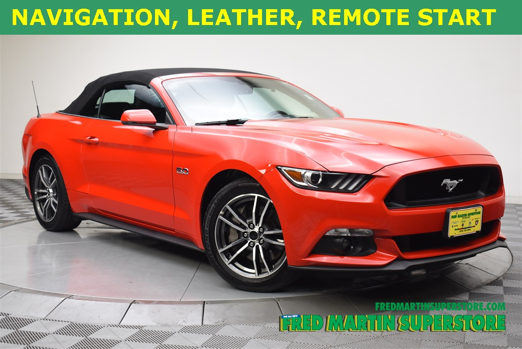 Pre Owned  Ford Mustang Gt Premium