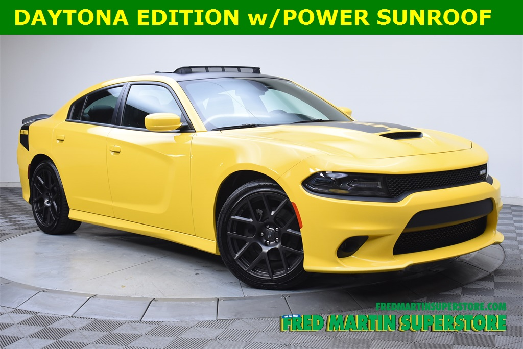 Pre Owned 2017 Dodge Charger R T 4d Sedan In Barberton 1c185415a