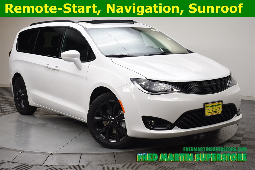 New 2019 Chrysler Pacifica Touring L Plus Passenger Van In Barberton